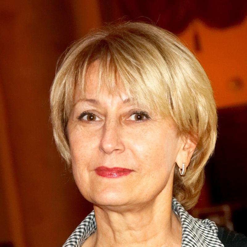Елена Бабова